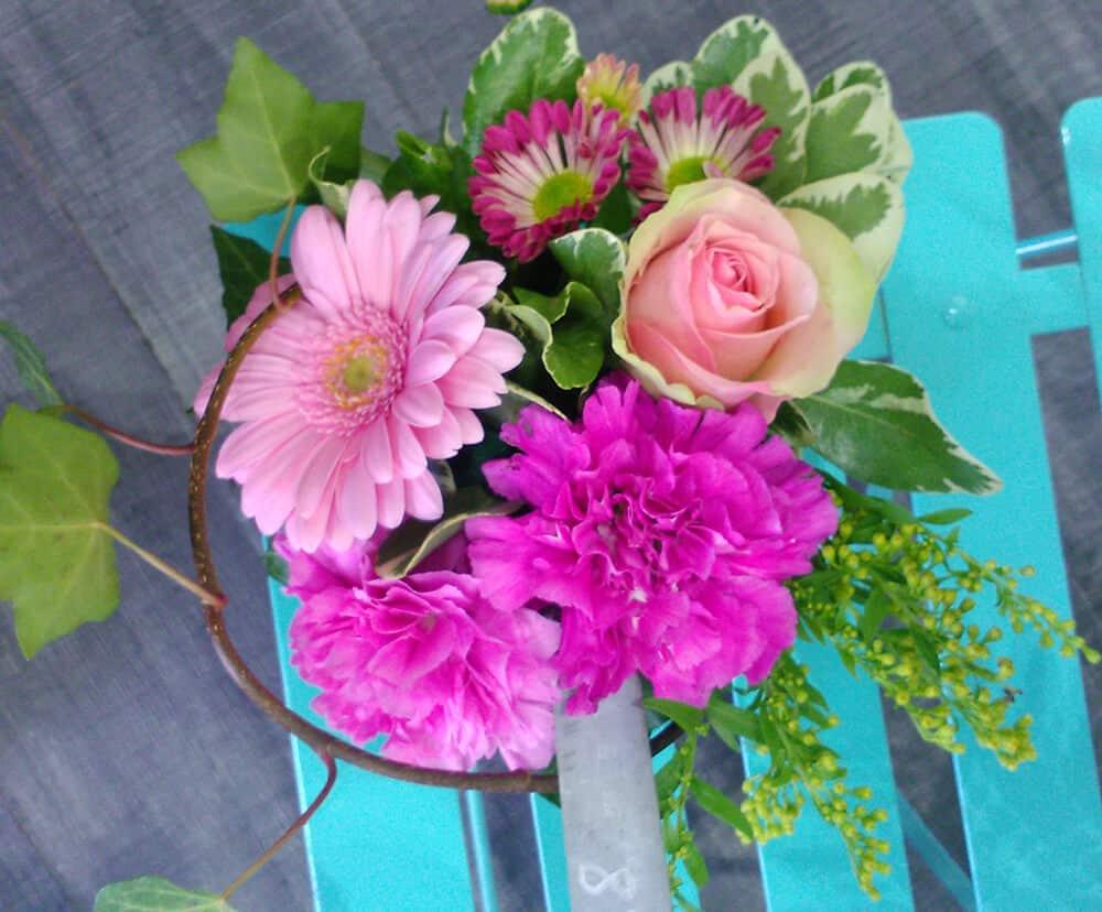 fleurs en cadeau pour la f te des m res avec atelier floral. Black Bedroom Furniture Sets. Home Design Ideas