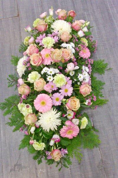 compositions deuil fleurs roses