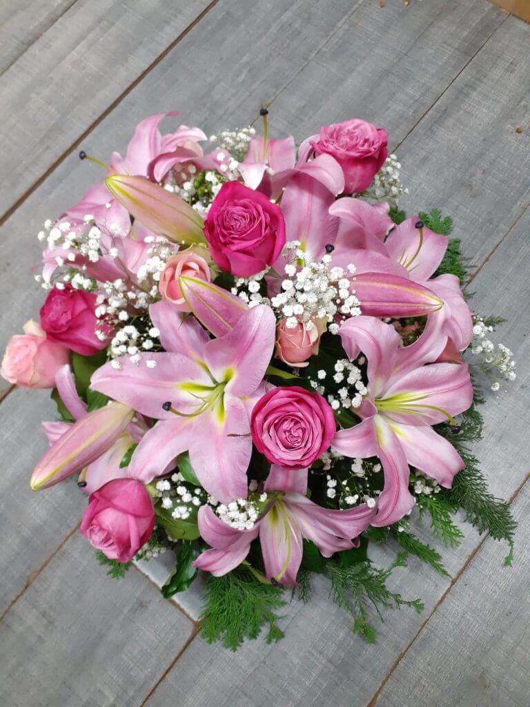 Roses et Lys roses
