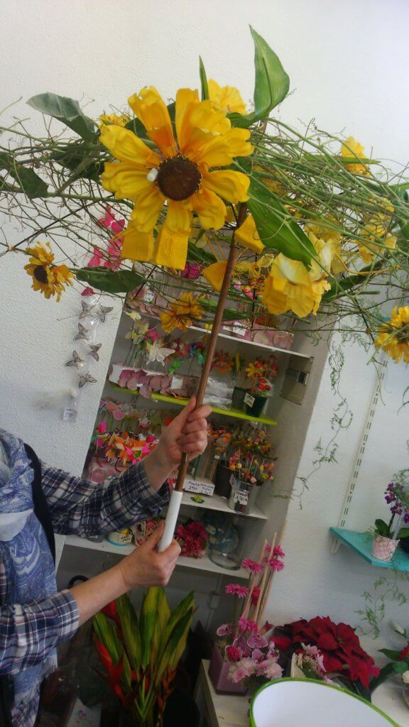 Parapluie de fleurs pour animation extérieure